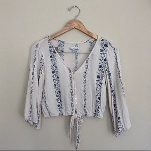 XS White & Blue Flowy Floral Top
